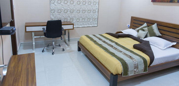 Double Bed Room Serviced Apartment in Madhapur, Hyderabad